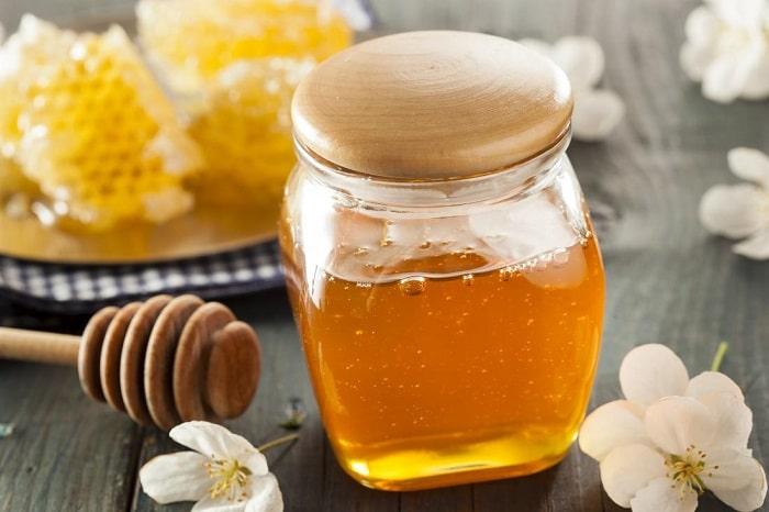 عسل خام چیست