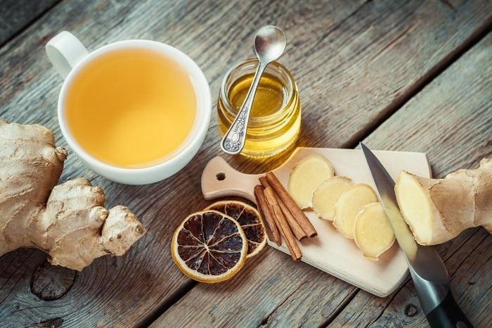 عسل برای گلو درد