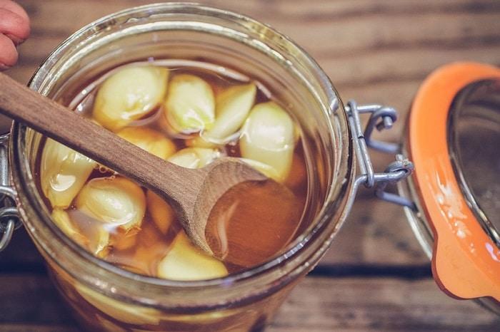 مزایای ترکیب عسل و سیر